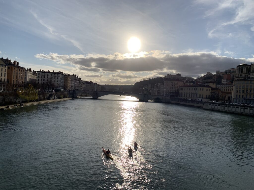 Kano på Saônefloden i Lyon