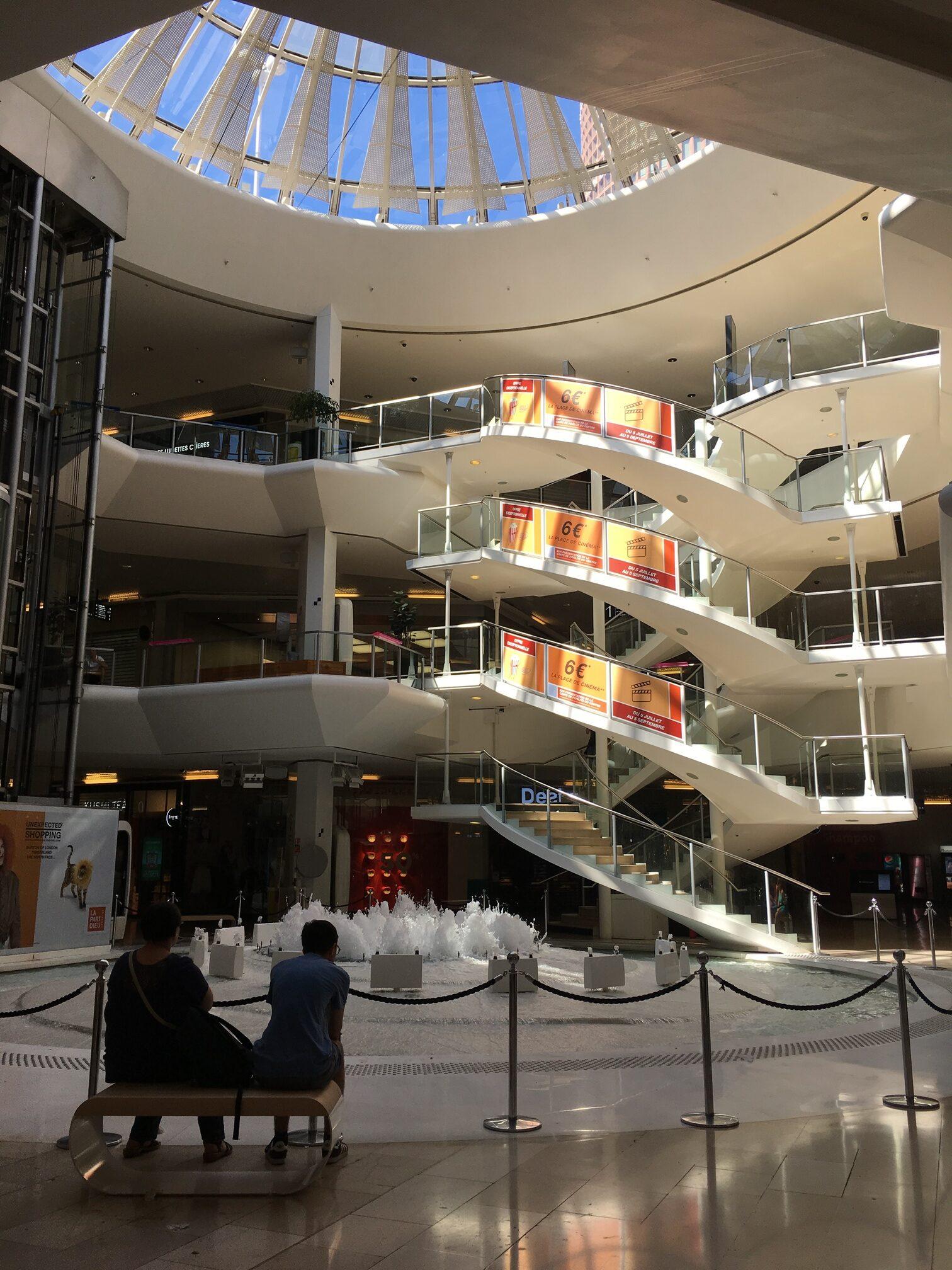 Centre commerciale, Lyon Part-dieu